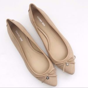 Gianni Bini | Leather Nude Pointed Toe Flats 10M